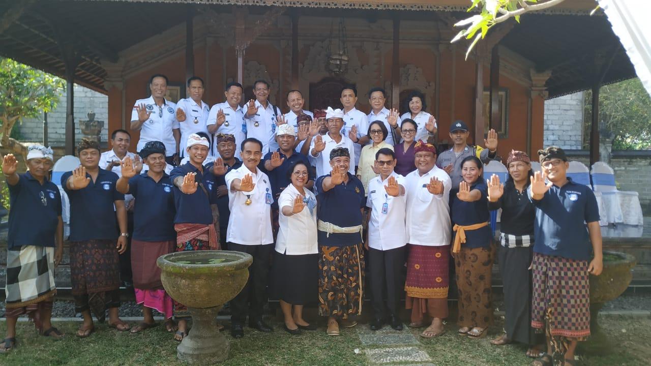 Peragaan Layanan Rehabilitasi berbasis Masyarakat (RBM) dan Agent Pemulihan pada desa Pemogan Densel Bali