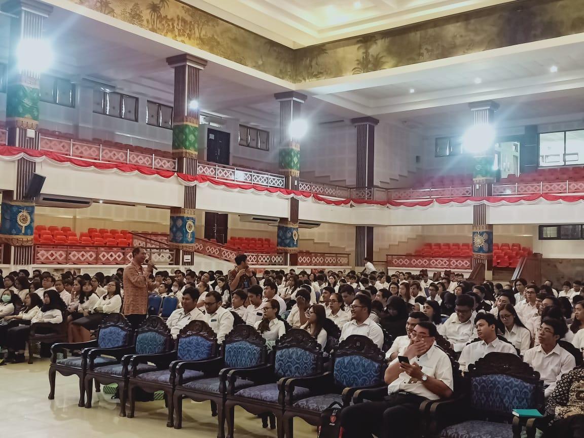 Sosialisasi Penyuluhan Bahaya Penyalahgunaan Narkoba bagi Mahasiswa/i (KKN-PPM) LPPM Univ. Udayana Periode XX Tahun 2020
