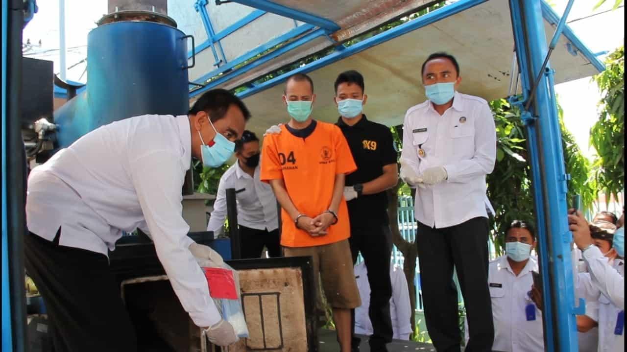 PEMUSNAHAN BARANG BUKTI NARKOTIKA JARINGAN MEDAN DAN MALAYSIA